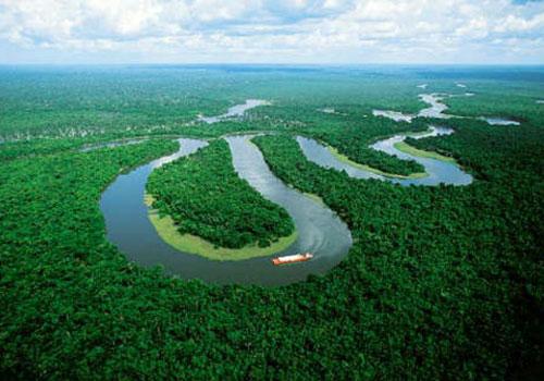 توقيع حزب الأصالة والمعاصرة على إعلان الانضمام للائتلاف الدولي لحماية غابة الأمازون بحضور وفود حزبية من اسبانيا والاكوادور.