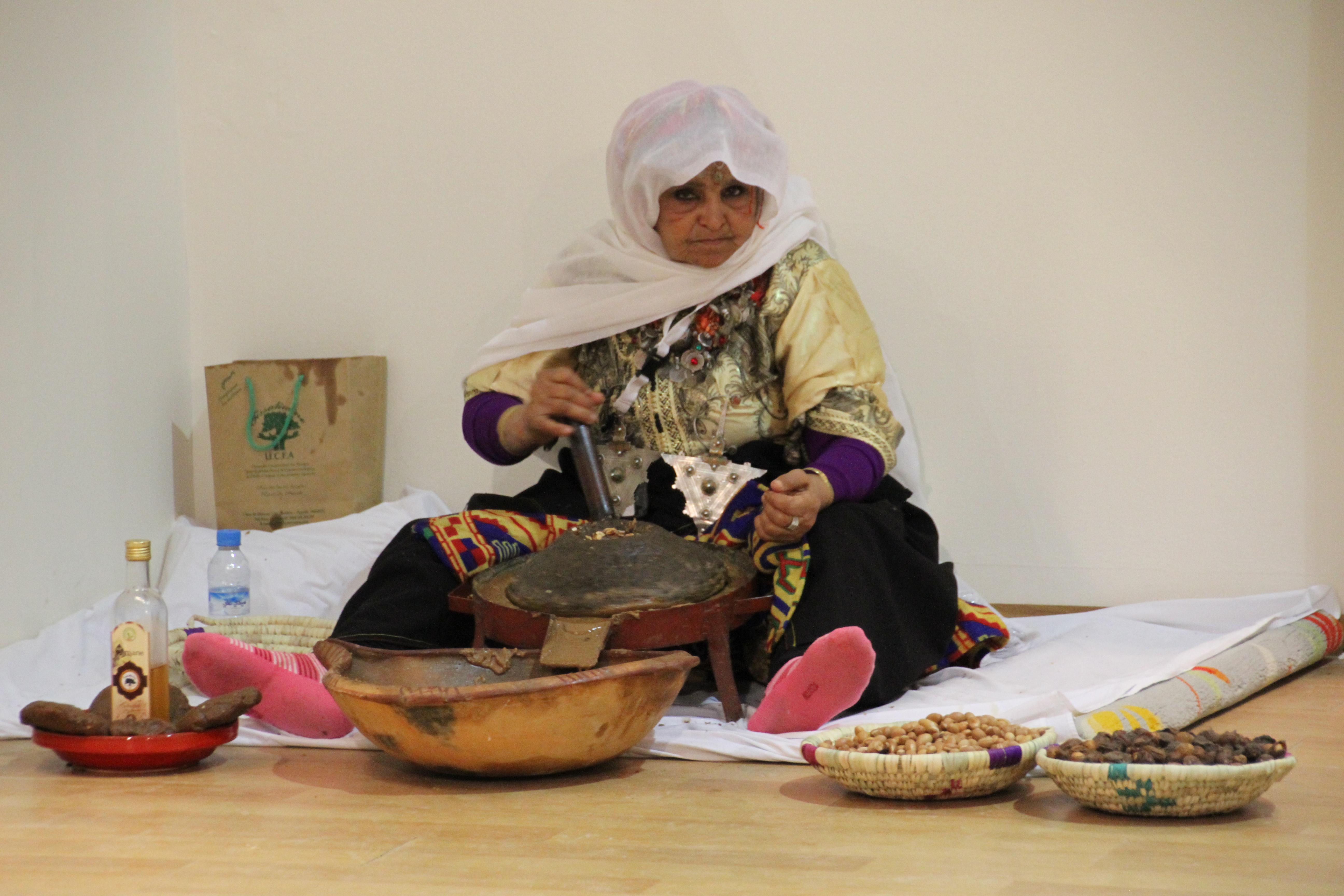 التعاونيات النسائية بالأقاليم الجنوبية .. منتوجات متنوعة وغنية وحضور وازن بالملتقى الدولي للفلاحة بمكناس